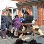 En forårsdag i Rebild - Aktive børn ved Trolden af Rold