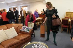 Gæsterne tog godt imod den nye møbelafdeling - og flere fandt noget, de skulle have med hjem