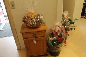 Flere af gæsterne havde medbragt jubilæums-gaver