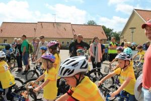 Parat til start - anden afdeling af børnecykelløbet