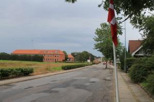 I Bælum var hele byen del af arrangementet med flagalle i gaderne