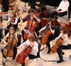 Børn og unge fra Nordjyllands Ungdomssymfoniorkester samles i Mariagerfjord til stort jubilæums-stævne og koncert