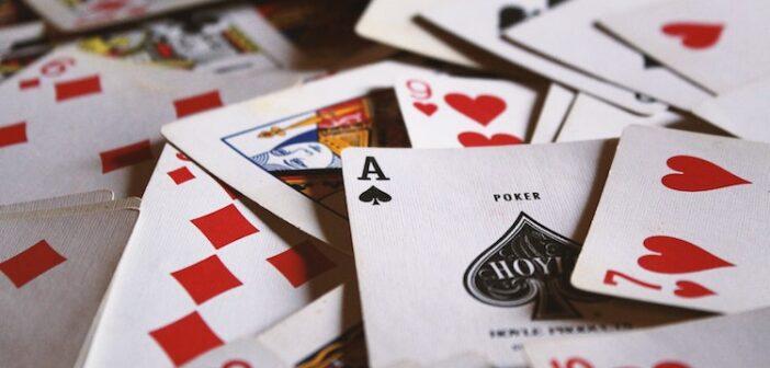 spil poker med vennerne